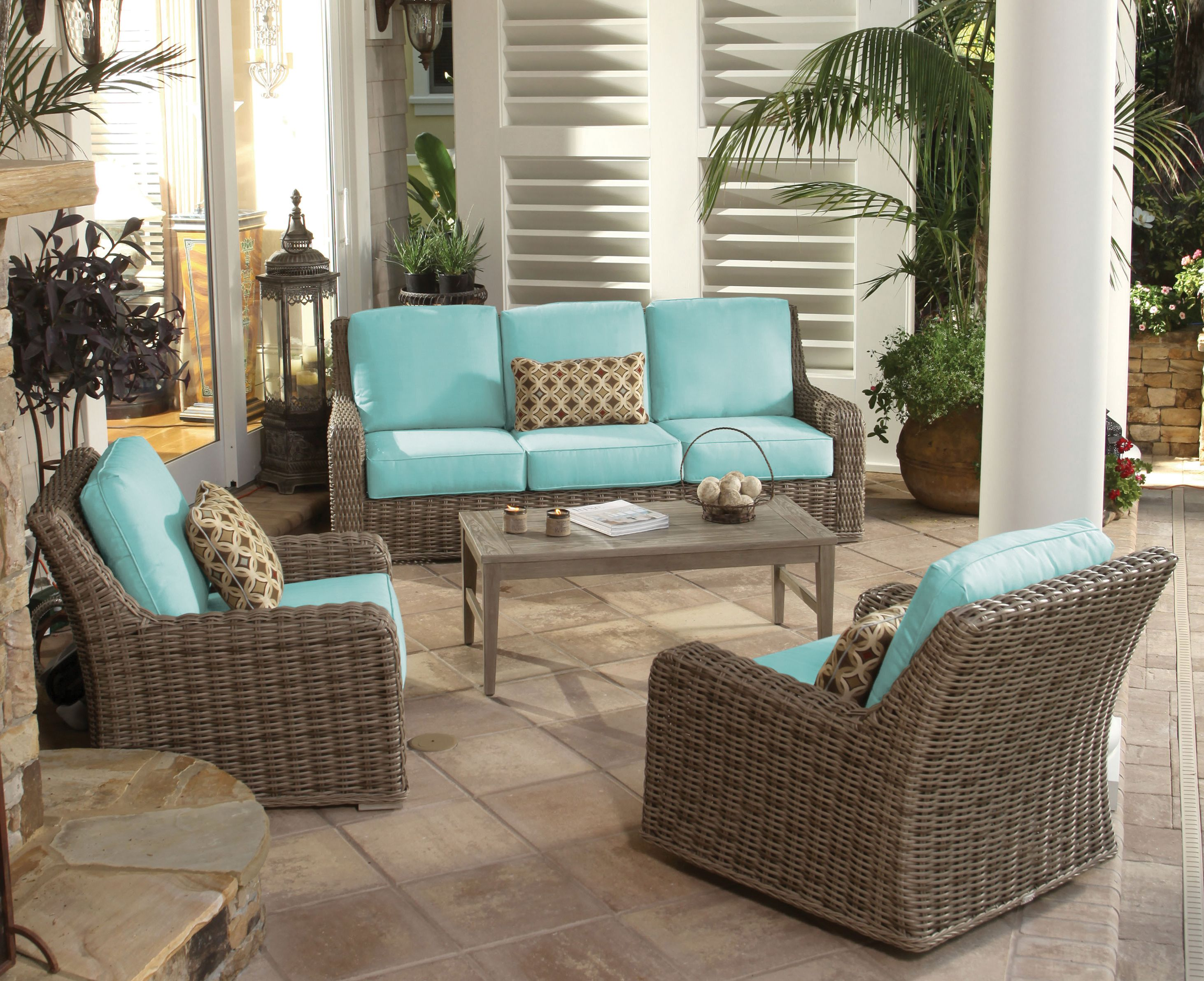 The wicker Laurent collection from Ebel. Wicker patio