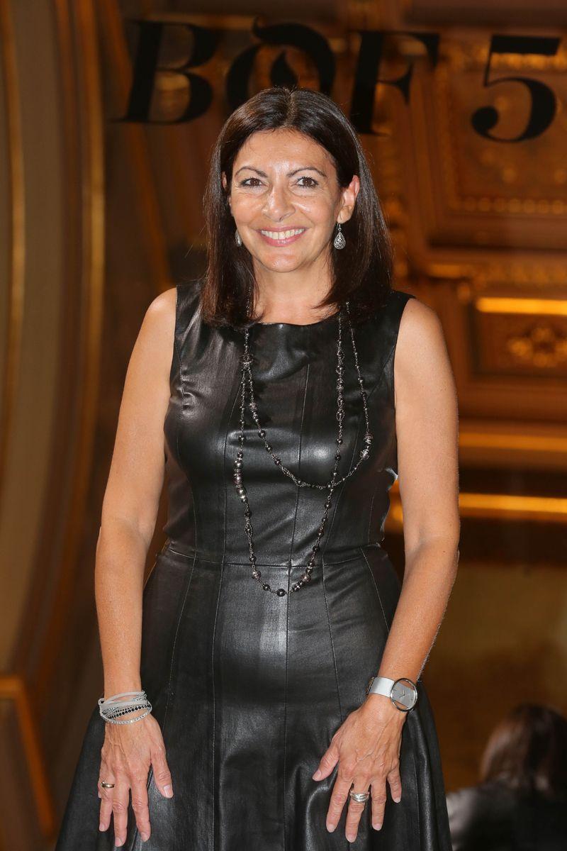 Anne Hidalgo En 2019 Vetement Cuir Vetements Et Anne
