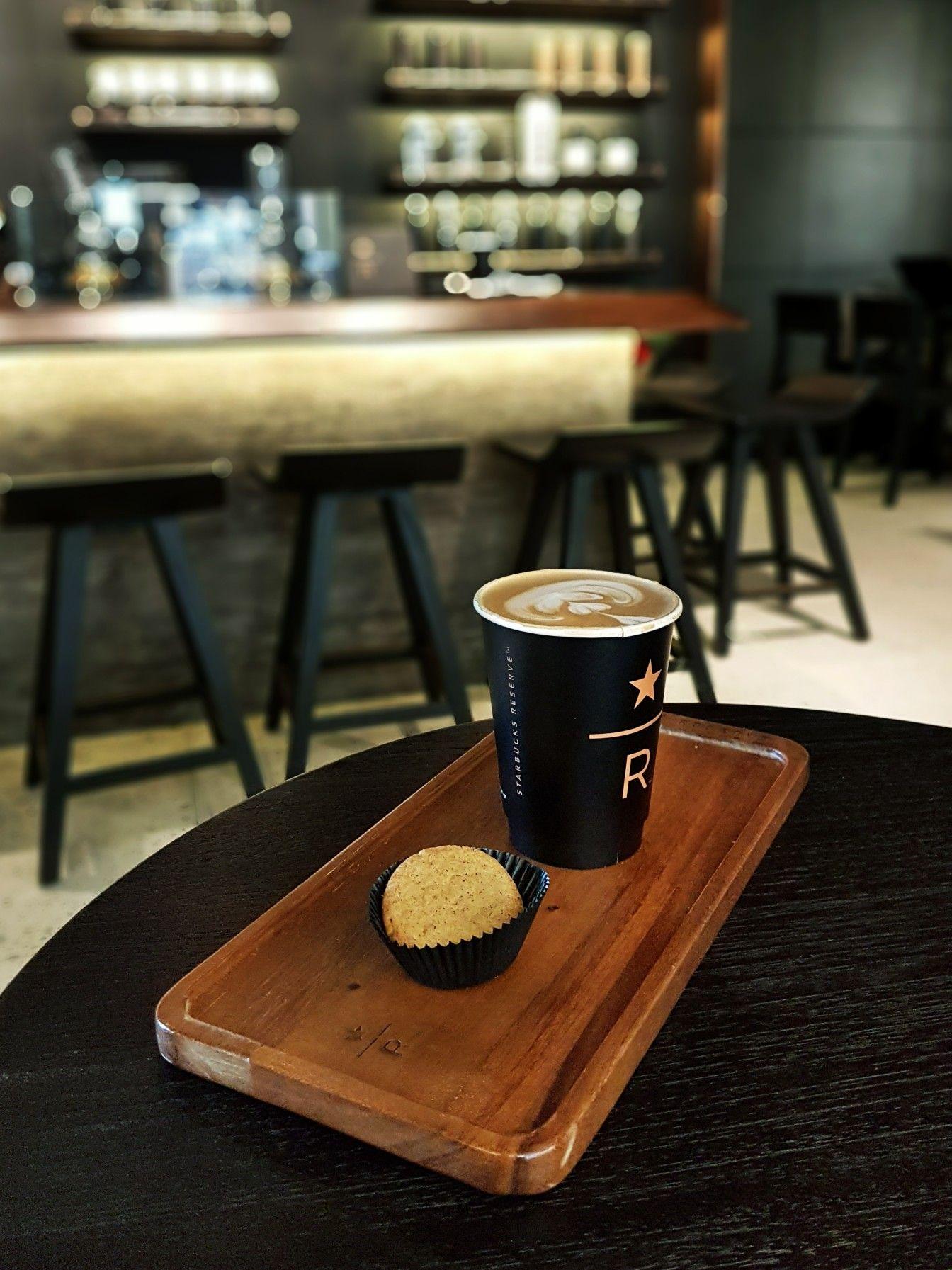 """Cafe Latte"", Starbucks Reserve, Jakarta Cappuccino art"