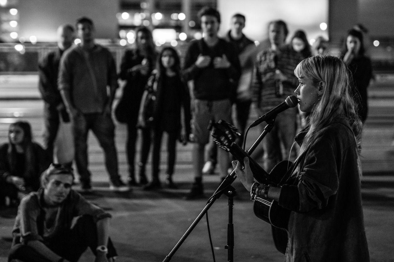 sokak fotoğrafçılığı | martin vals | berlin 2014 | çok yetenekli Alice berlin maviler