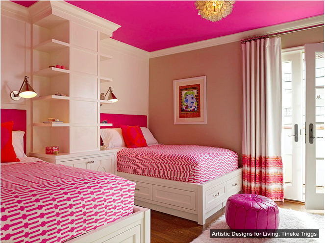 Fabulous neapolitan color scheme.