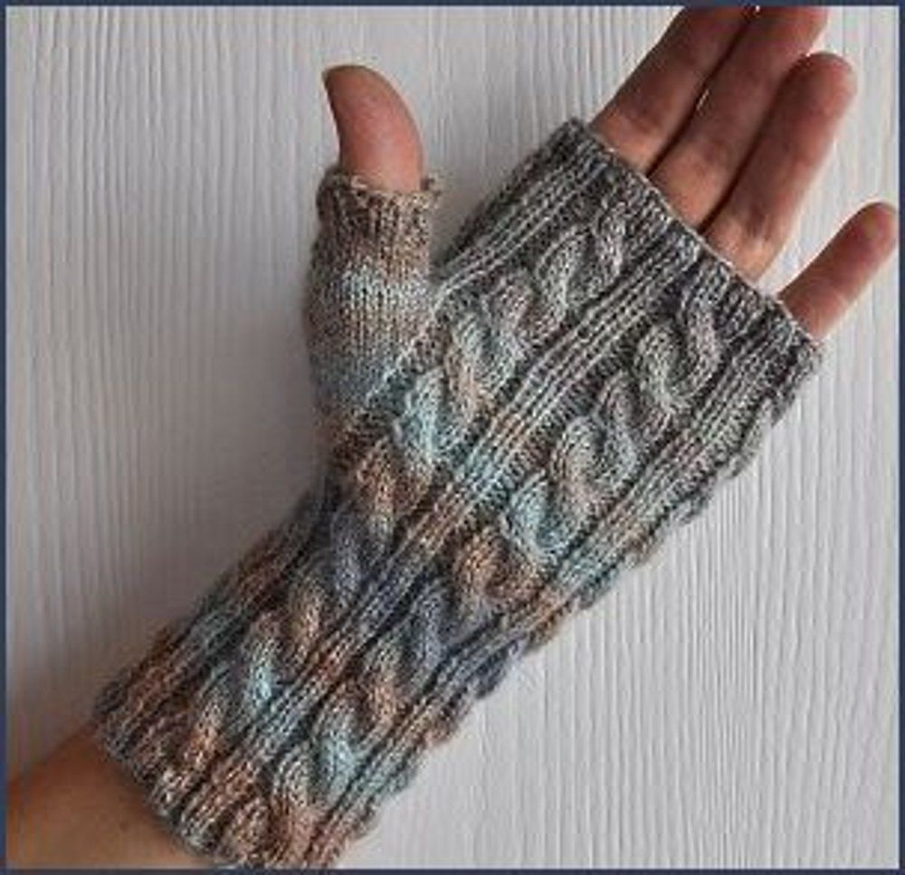 0017 -Sizes Teens-Adults Original Knitting Pattern for Cabled Fingerless Gloves