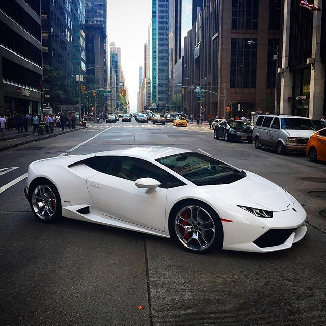 lamborghini huracan one of the most expensive cars in the world too much for me cars. Black Bedroom Furniture Sets. Home Design Ideas