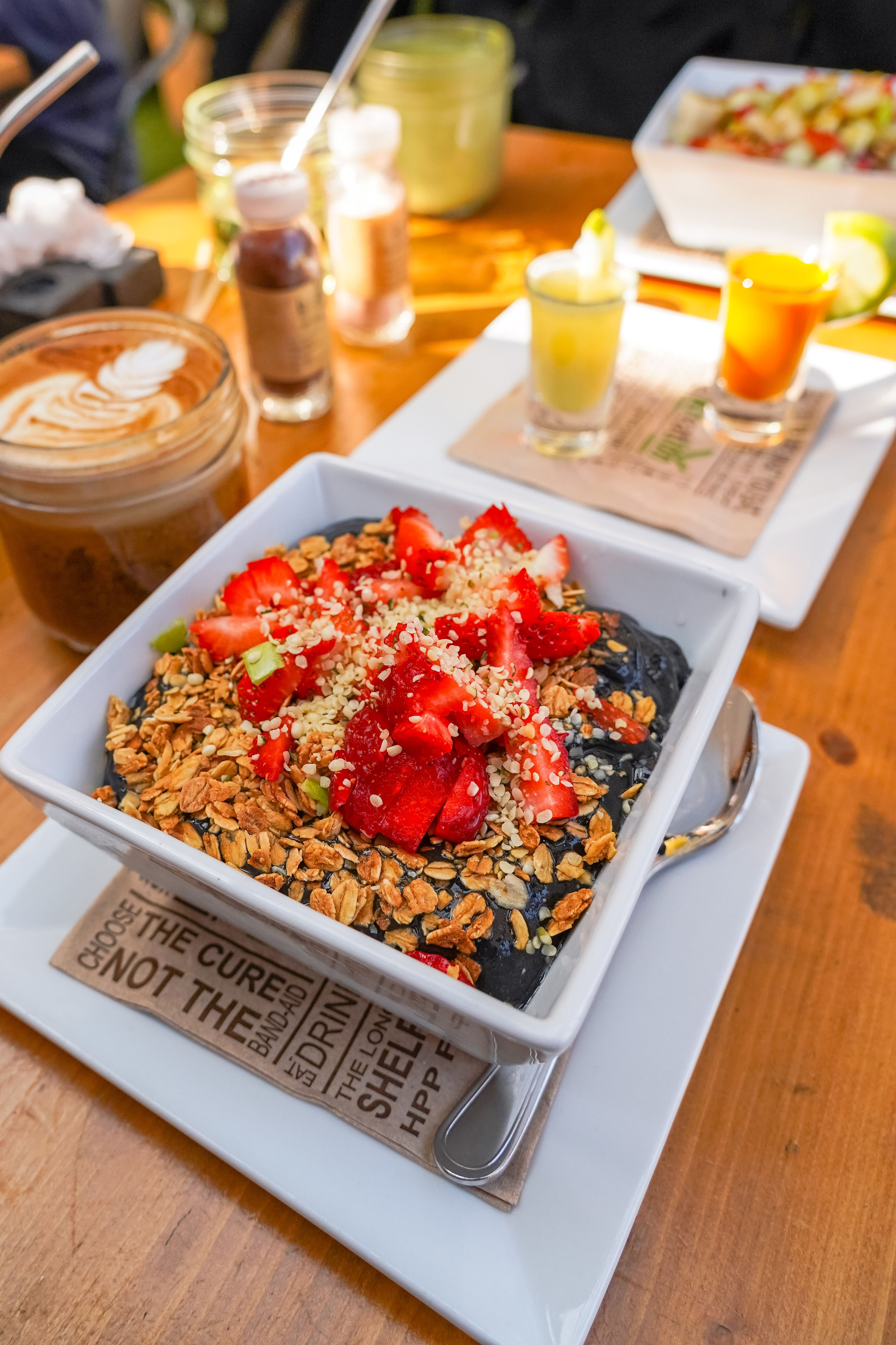 Discover The Best Healthy Restaurants Good For You Brunches And Vegan Friendly Ice Cream Spots Nearby Healthy Good Healthy Recipes Healthy Restaurant