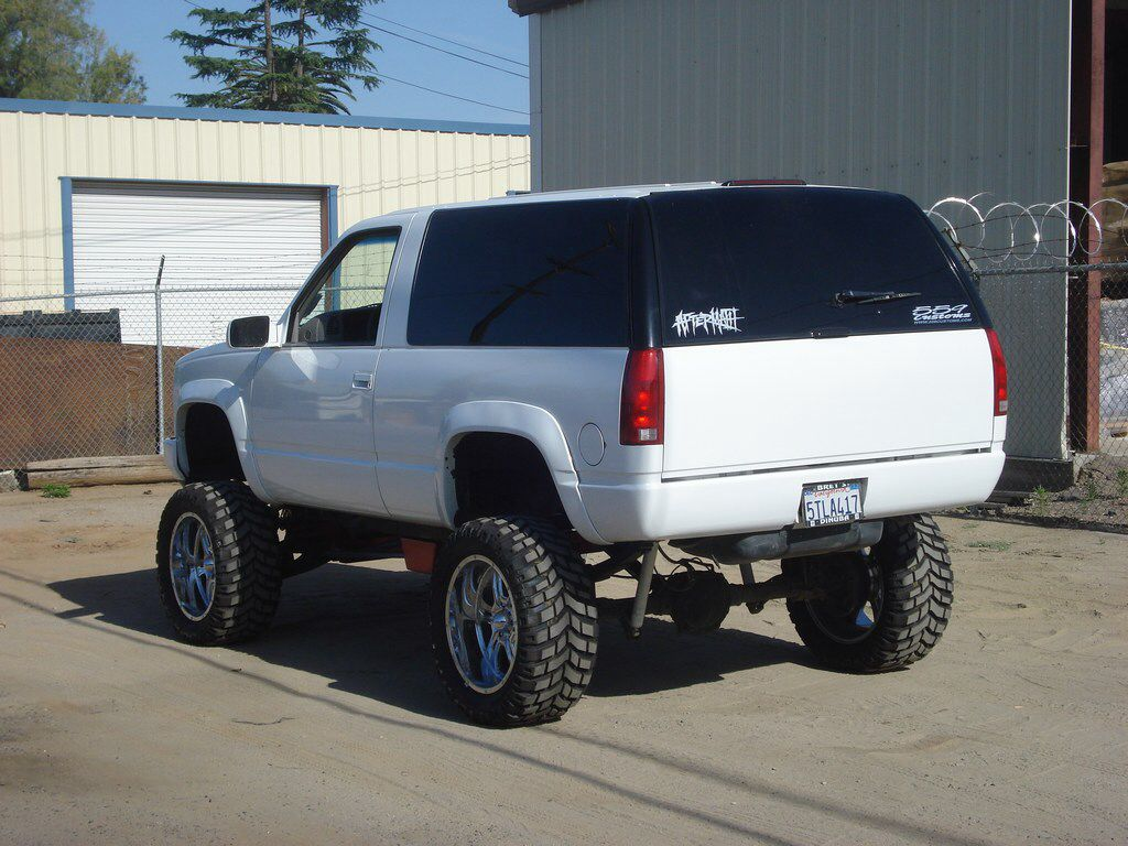 Another lifted yukon