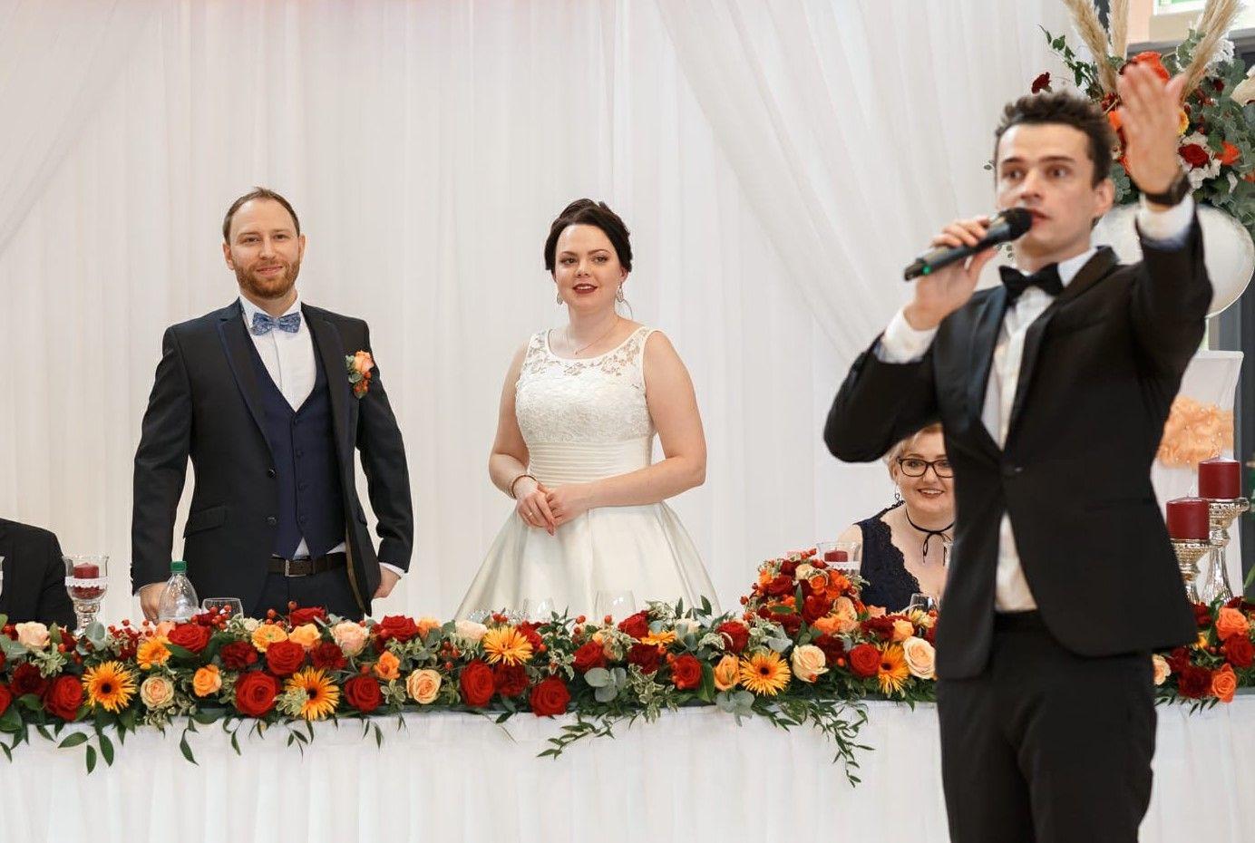 Tamada Fur Eine Russische Hochzeit Russische Hochzeit Hochzeit Marchenhochzeit