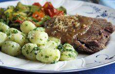 Aus dem Crockpot: Zwiebelbraten lombardisch - ich mache ihn genau so mit Gnocchi und Grillgemüse, ein Traum!