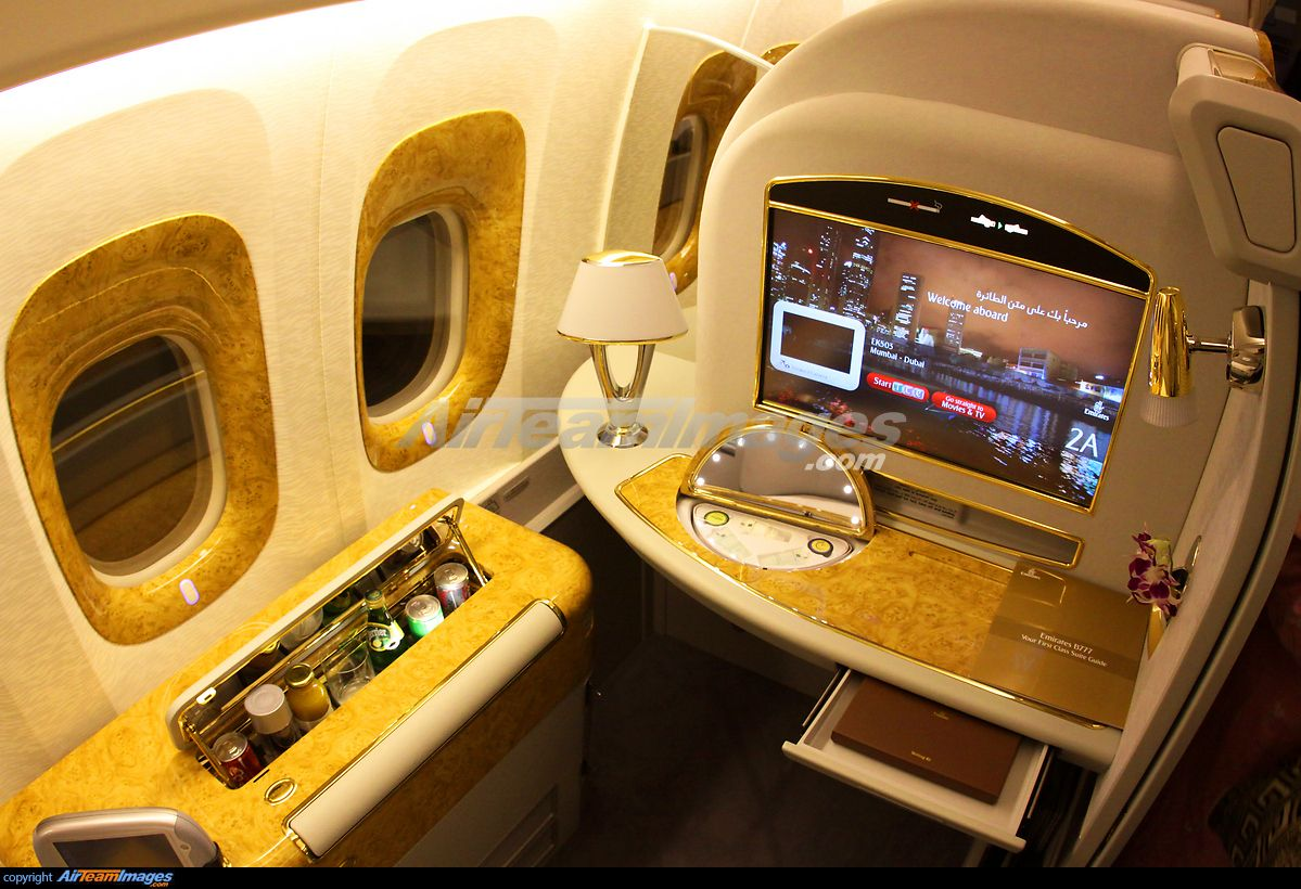 Bigg pixels emirates airline interior photo best airlines also pin by prash bhandari on aeroplanes pinterest boeing rh