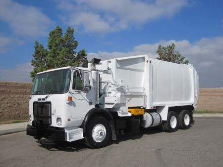 2008 Autocar Xpeditor Side Loader Cummins Isl 345hp Allison 4500 Rds Auto Transmission 98 850 Miles Right Hand Drive Garbage Truck Trucks For Sale Sides