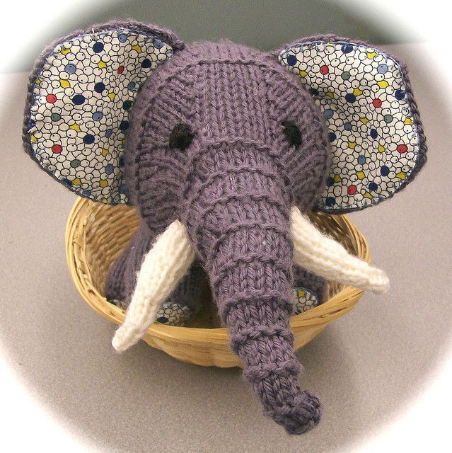 so gorgeous, have nearly finished knitting this for mr cruze