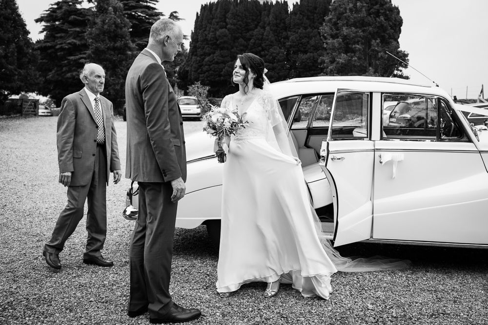 Almonry Barn Somerset Belinda Mccarthy Photography Www Belindamccarthy Co Uk Photography Bride Barn