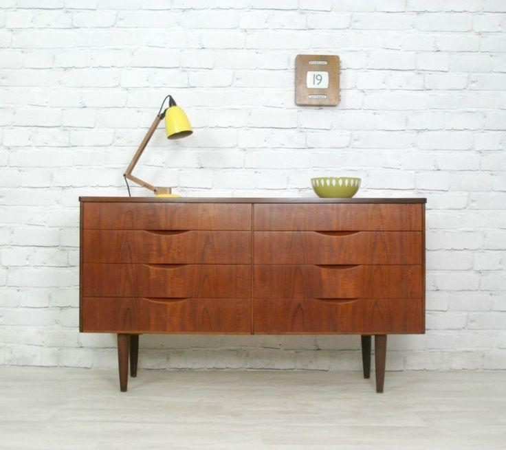 meuble-scandinave-vintage-commode-bois-massif-lampe-poser-articulée ...