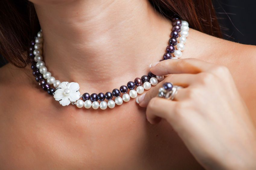 How To Clean Pearl Necklaces How To Clean Pearls Pearl Necklace Necklace