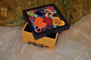 Os Meus Tons:  Caixa de Madeira com motivos do Minho... Pintada ...