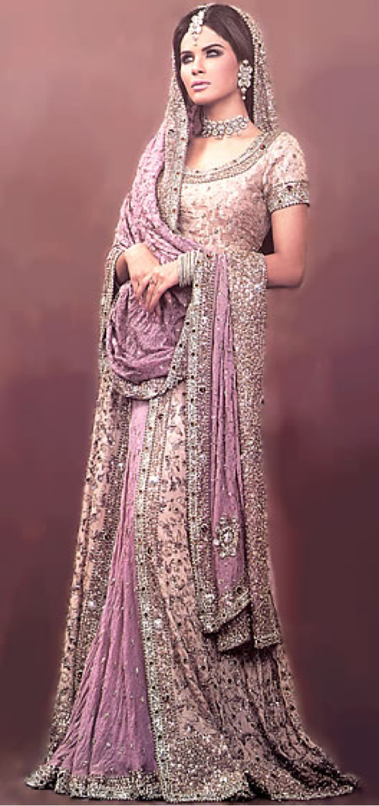 Pin de Zarah Clothing en ZARAH Indian Anarkalis | Pinterest | Belleza