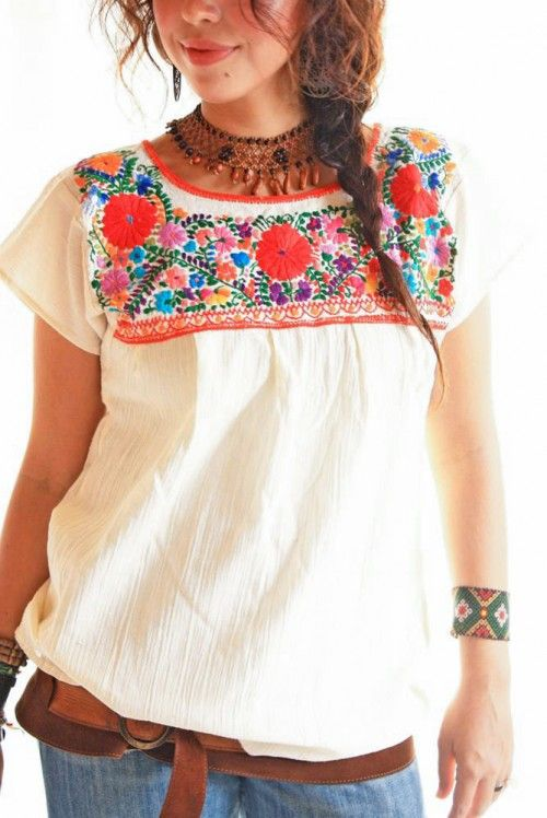 Authentic Hand made embroidered ladies Mexican blouse Chiapas #2