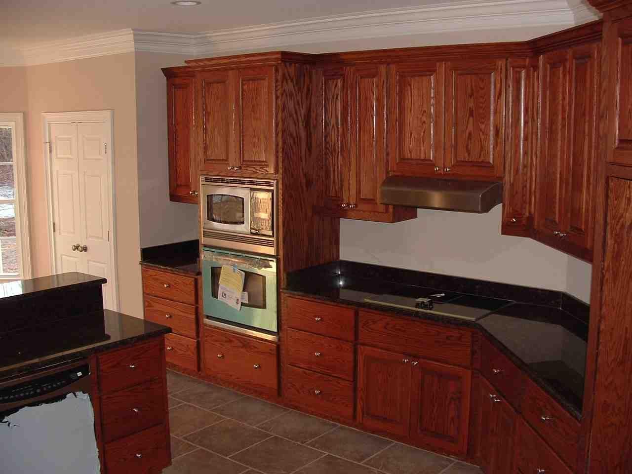 Oak Wood Kitchen Cabinets | Building kitchen cabinets ...