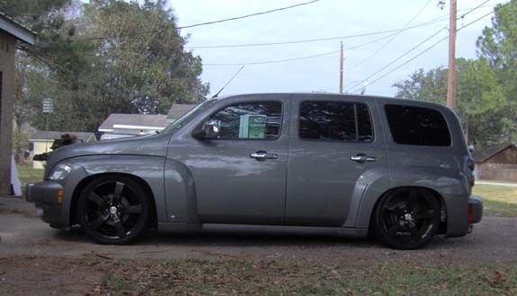 Chevrolet Hhr Custom Chevy Hhr Riding On Air Bags Cardomain