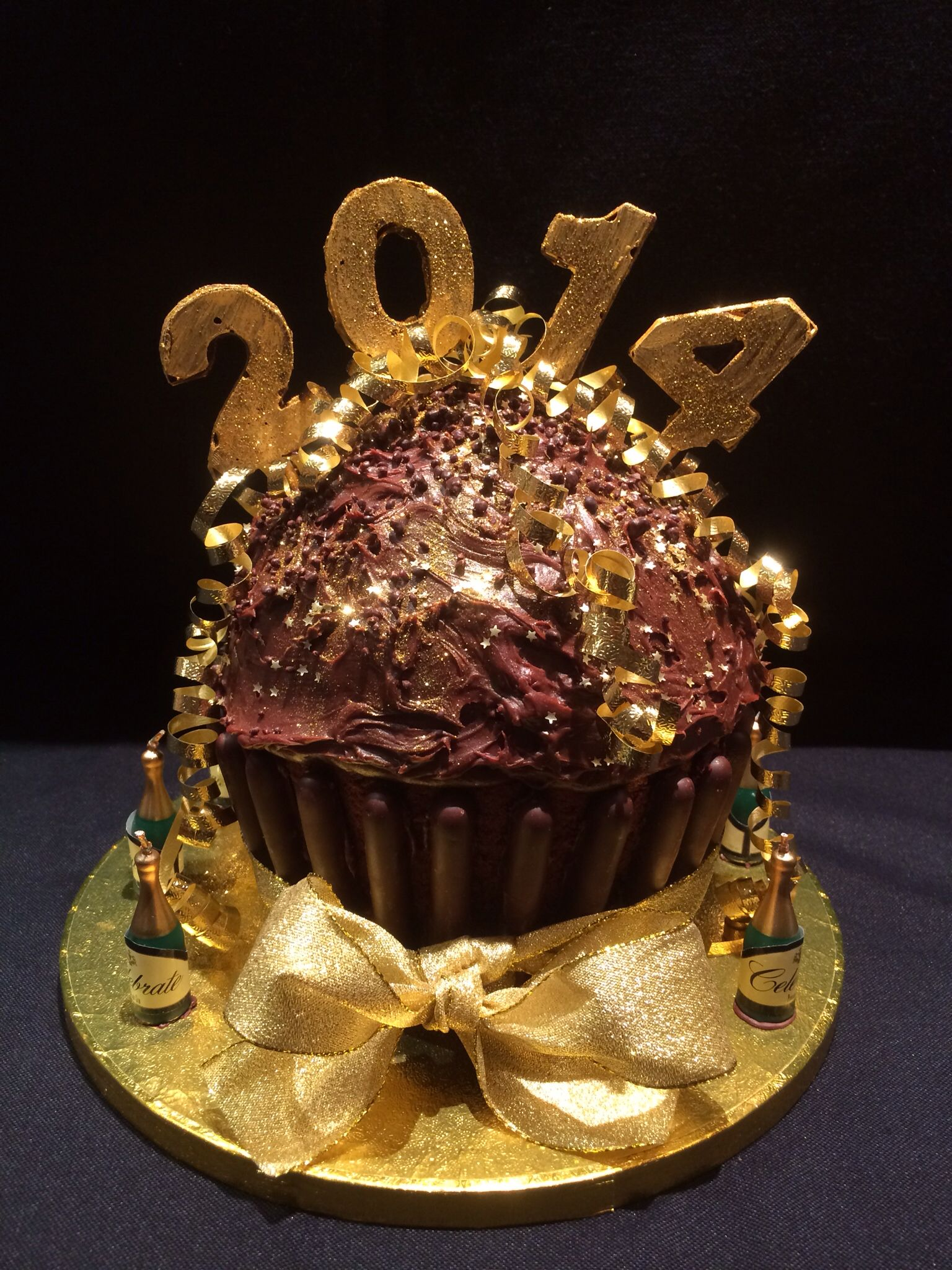 New Year S Eve Cake New Years Eve Dessert New Year S Cake New