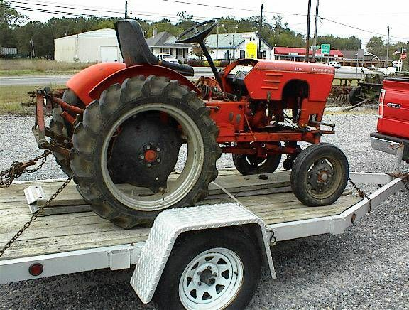 1967 economy power king utility tractor in original unrestored power king economy tractor 18 hp this tractor has three point hitch and a belly