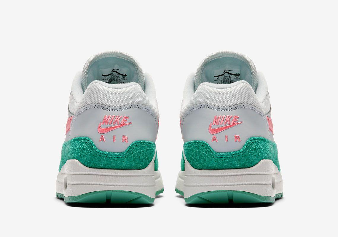 the latest 70614 1b8c7 Nike Air Max 1