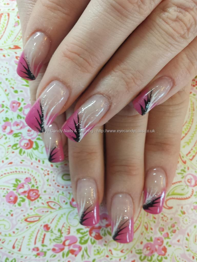 Pink tips with black and white flick nail art Taken at:27/12/2013 13 ...