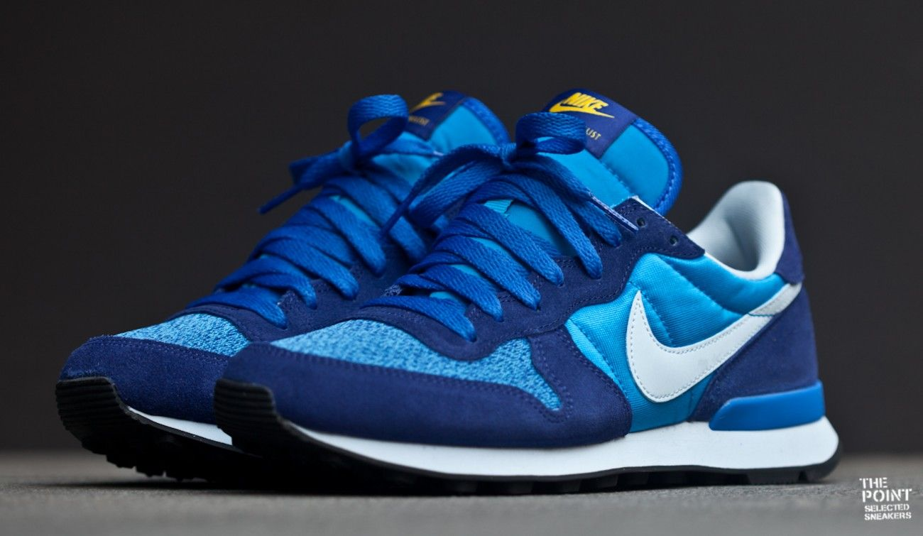 nike internationalist azul y amarillo