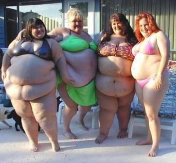 Three Fat Ladies In Bikinis