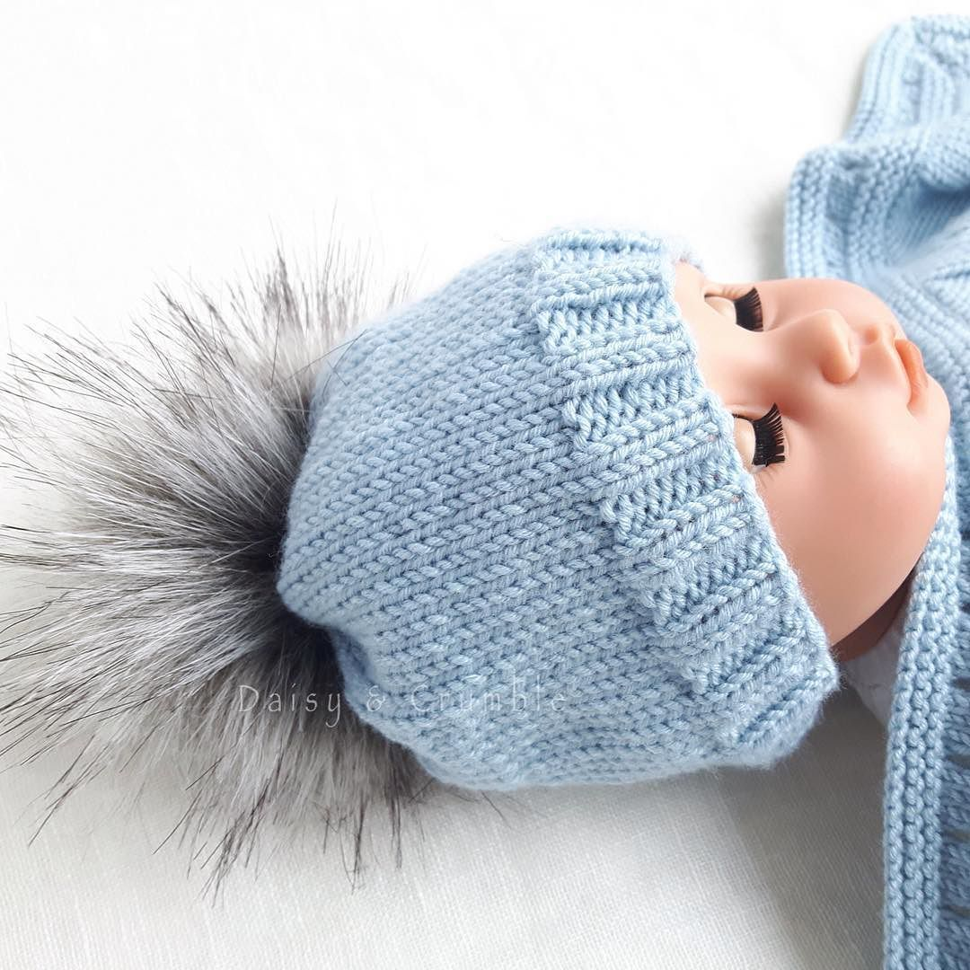 Tiny baby faux fur Pom Pom hat I m happy with this one! Shipping today to a little  premature baby boy  merinowool  tinybaby  daisyandcrumblehandknits 2ccc123f1bf