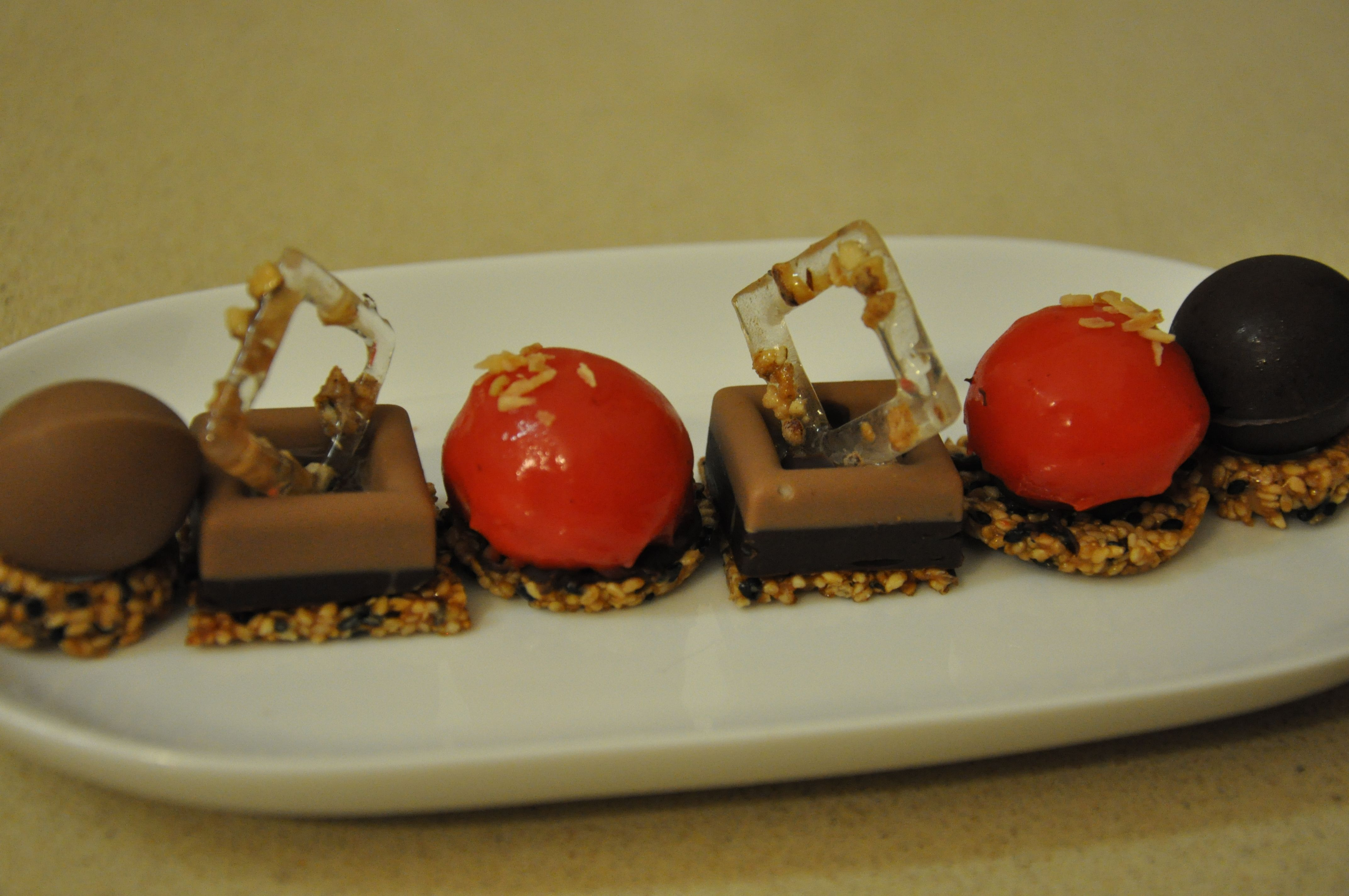 http://irischef.co.il/ שוקולדים קטנים ומשעהגים
