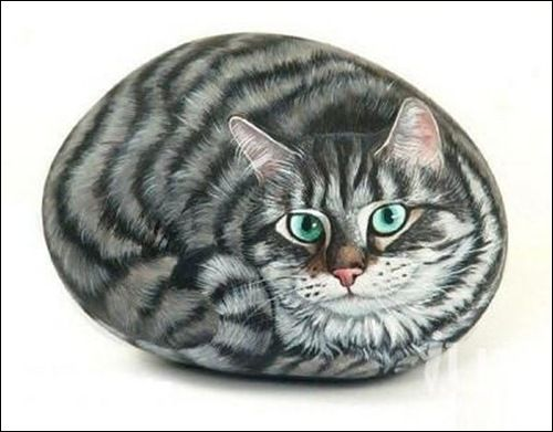 Stone painting, I made some like this & used them for grave stones when our cats died. Keep clear spray on them.
