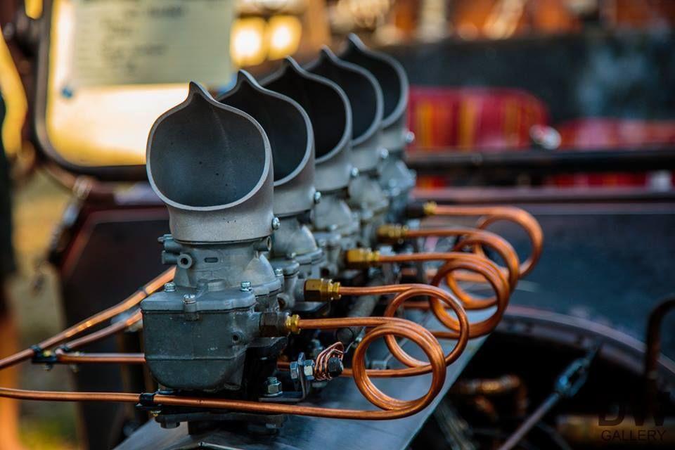a3d16745aedd09bf23e1ee4fb0294f7e copper fuel lines feeding five single barrel carbs and rocking a