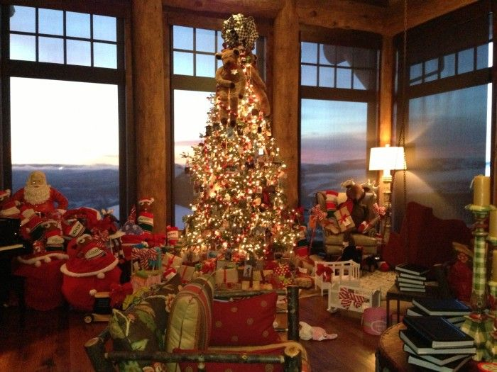 lots of christmas presents | Go Back > Pix For > Christmas Tree ...