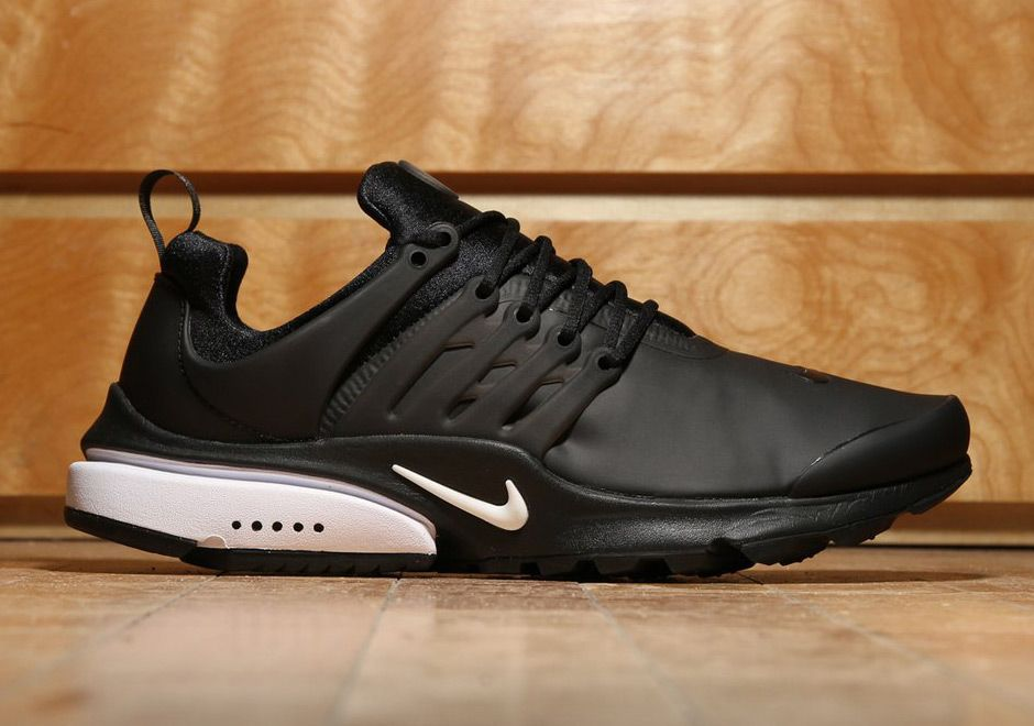 7b796bae03f4  sneakers  news Nike Air Presto Low Utility Goes All Black With A Touch of