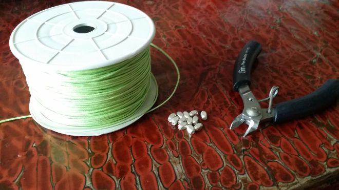 5 min DIY tutorial: no-pliers Isabel Marant inspired bracelet