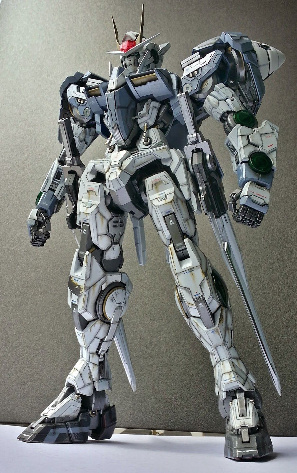 sports shoes b8ee2 163c4 GUNDAM GUY: PG 1/60 00 Raiser - Customized Build | Pla-Model ...