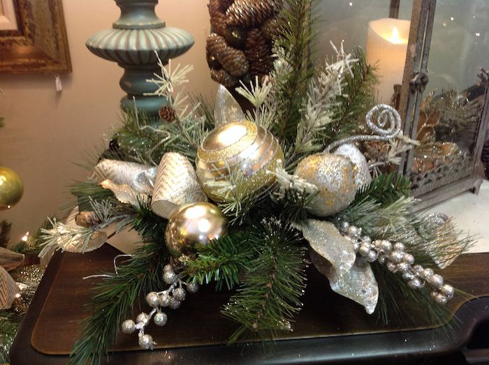 Silberne Weihnachtskugeln.Pin On Feste