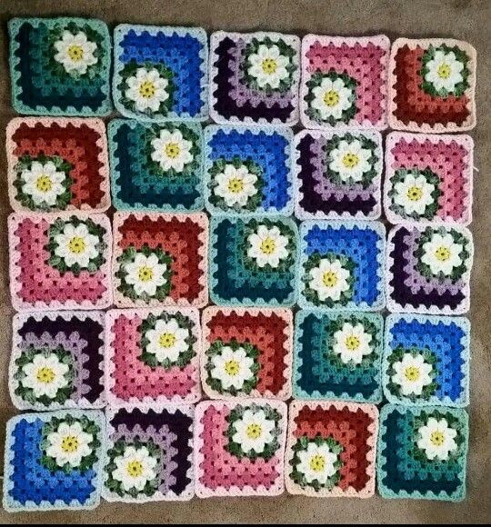 Crochet Summer Daisy Metered Square Blanket http://www ...