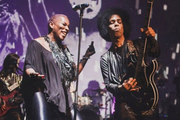 The singer's #WhatPrinceTaughtUs performance will draw on her time alongside the music legend