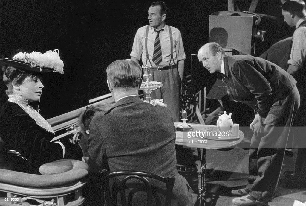 Michael Powell (1905 - 1990) directs Deborah Kerr and Roger Livesey (1906 - 1976) in the film 'The Life and Death of Colonel Blimp'. Original…