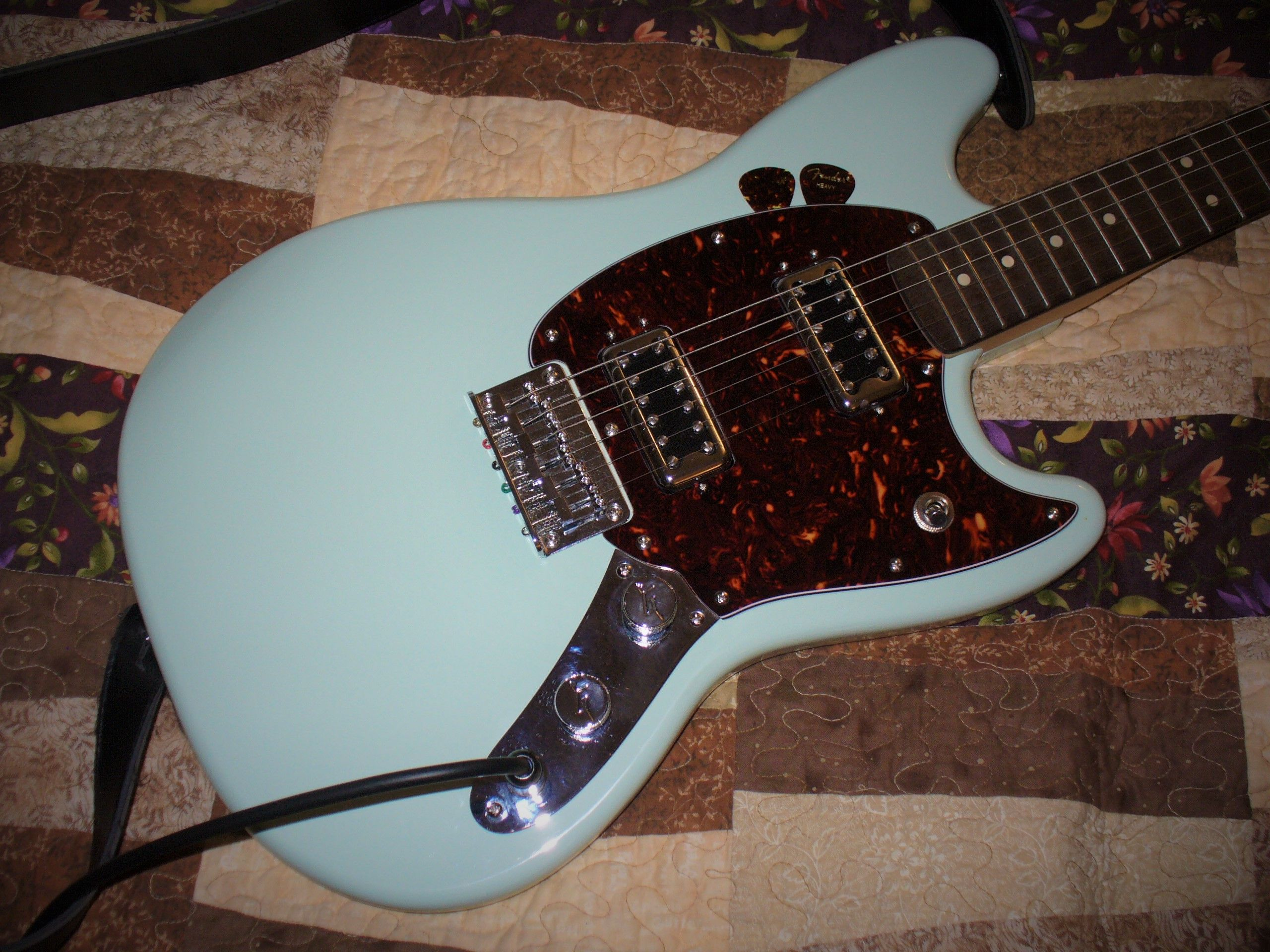 I Built This From A Squier Fsr Bullet Mustang Hh I Used A Custom