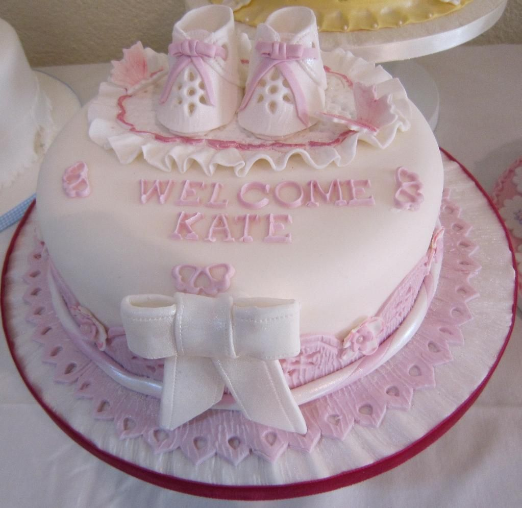 Cake Pop Decorating Ideas For A Christening Cake