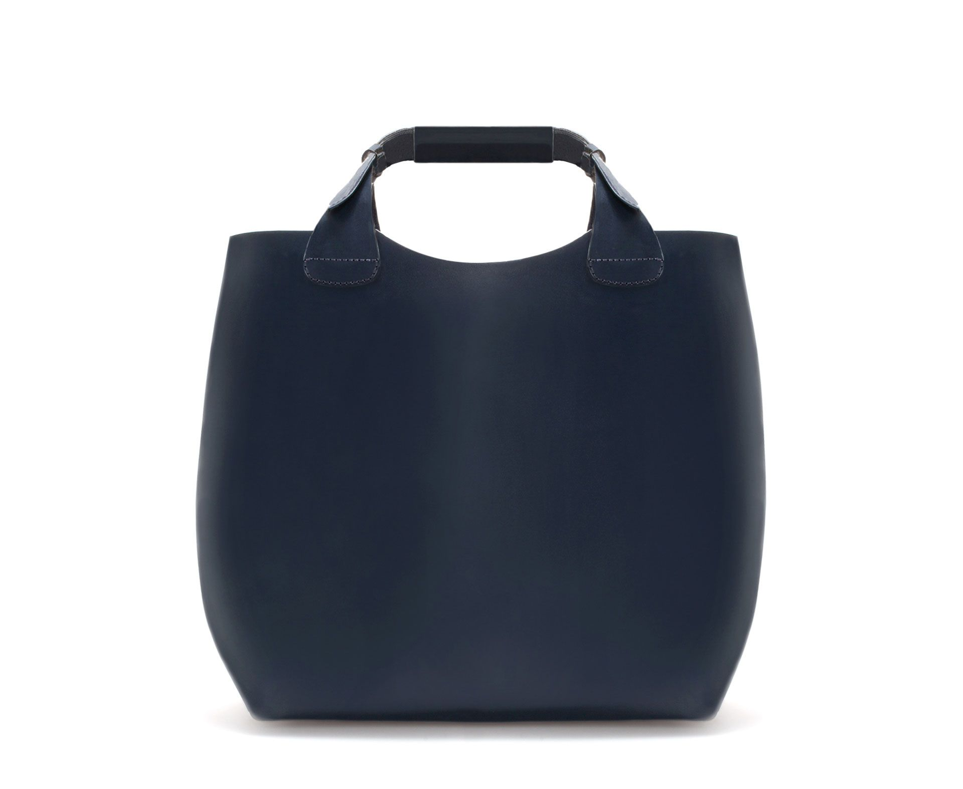 6bf62515a9b ZARA - WOMAN - LEATHER SHOPPER WITH LAMINATED INTERIOR   Bag lady x ...