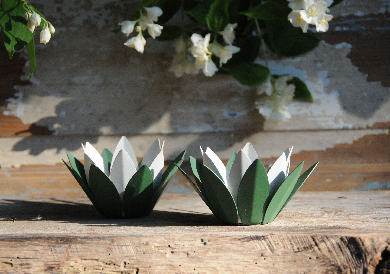 Waterlilies ystad metall two green white flower shaped