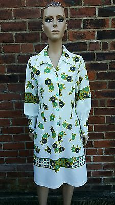 60s/70s Vintage Green Geometric & Floral Print Shift/Scooter Dress. Psych/Mod