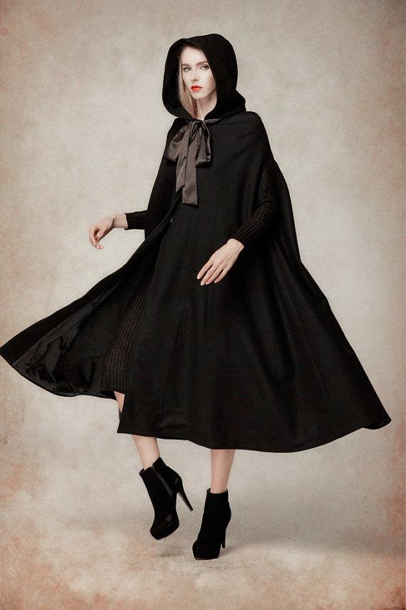 96b6de20285 Black Wool Hooded Cape