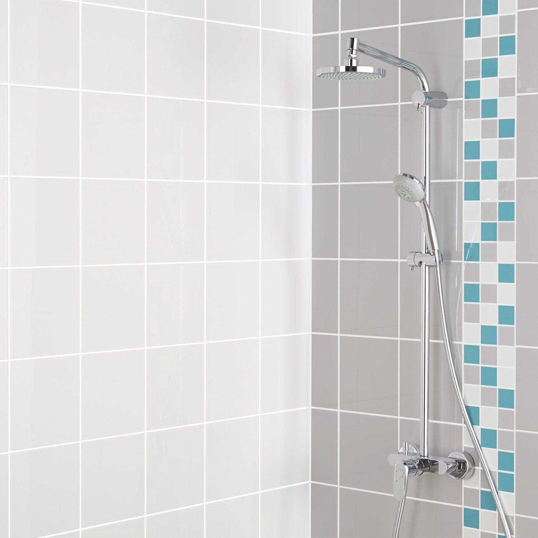 carrelage #rectangle #blanc #gris #bleu #mur #salledebains #mosaique ...