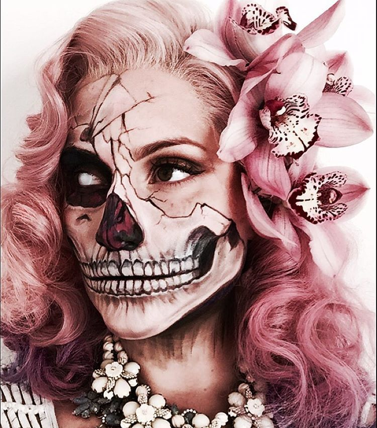 PINK SKULL MAKEUP & HAIR: a wig I coloured and dressed, and makeup ...