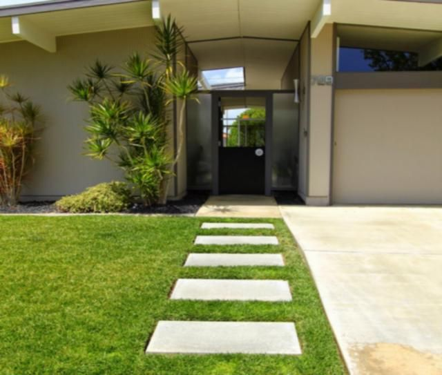 Modern Concrete Paver Walkway Ideas Mid Century Landscaping Mid Century Exterior Modern Landscaping