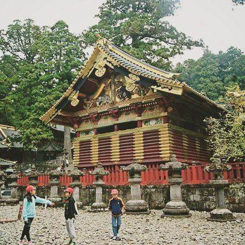 Nikko, Japan  📅 Oct 2011  .  Instagram: @mochileiramaria  .  💻 www.mariamochileira.com.br